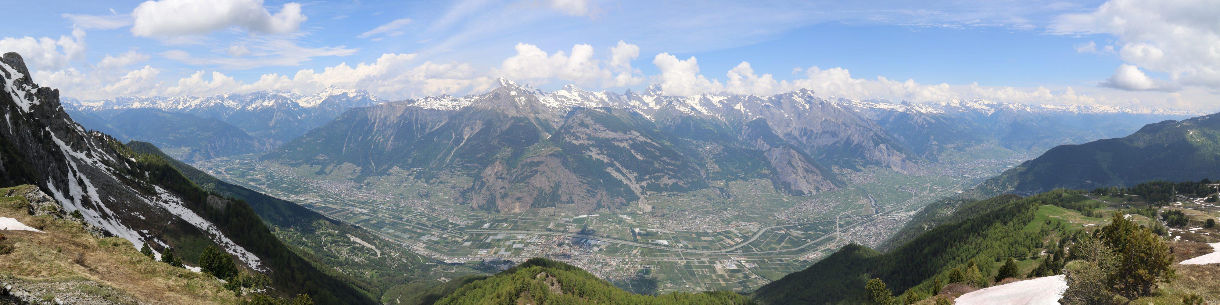 Panorama sur la plaine du Rhône